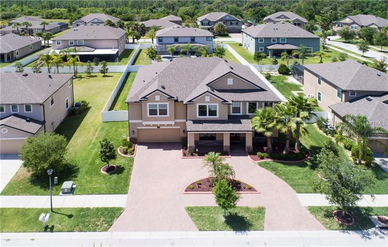 11708 Gilmerton Dr, Riverview, FL, 33579 - MLS T2938644