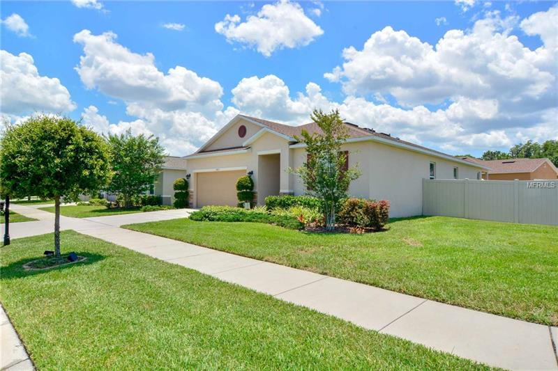 7403 Turtle View Dr, Ruskin, FL, 33573 - MLS T3113318
